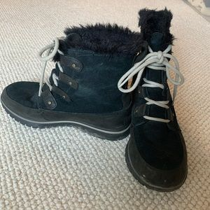 Sorel Short Black Winter Boot